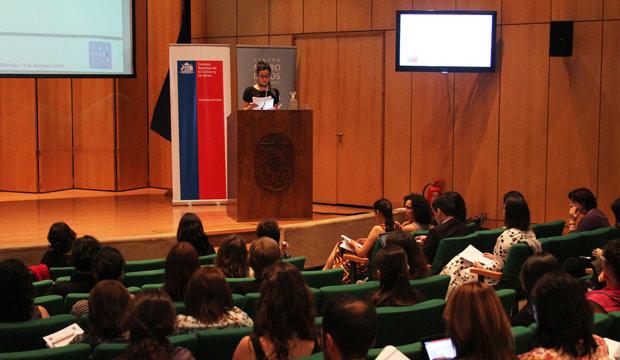 Estudio de Comportamiento Lector: 84% de los chilenos no comprende adecuadamente lo que lee