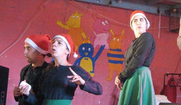 obra teatral soto se presenta en carcel de mujeres de copiapo