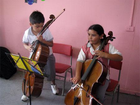 Alumnos de violonchelo del Liceo Artístico
