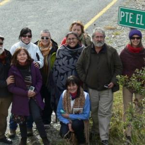 Poetas chilenos y argentinos en el Puente Encuentro de Palena