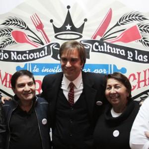 Ministro Cruz-Coke invita a votar por La mejor picada de Chile
