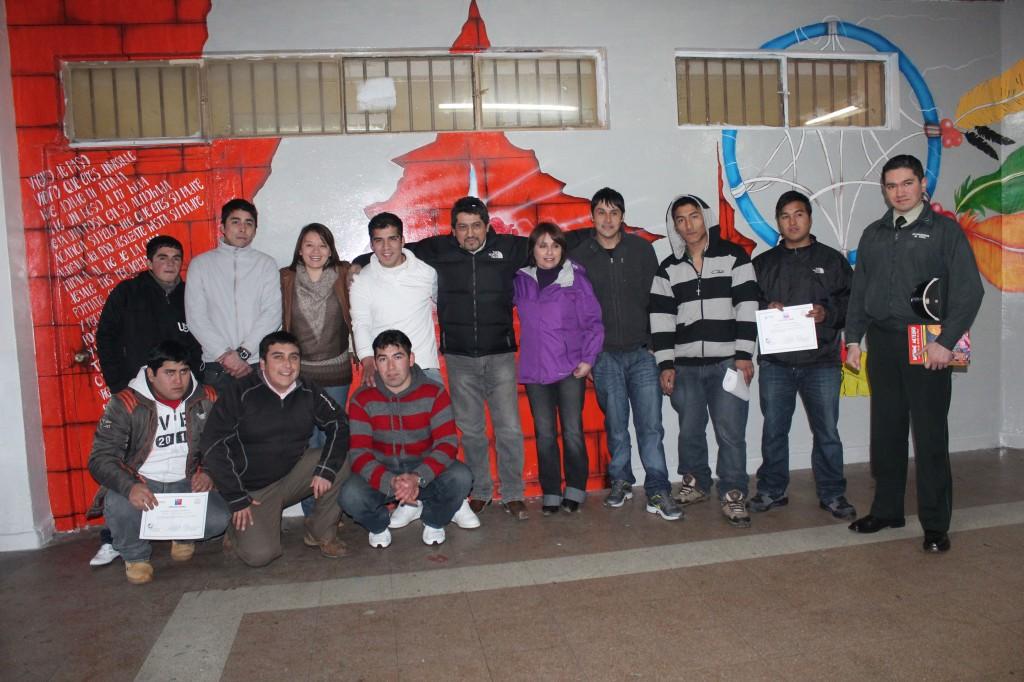 Jovenes del Centro de Detención preventiva de Puerto Aysén crearon Mural Artistico