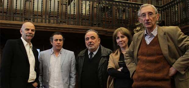 Jurado del concurso: Iván Thays, Carolina Rivas, Camilo Marks, Roberto González-Echevarría, Martín Caparrós.