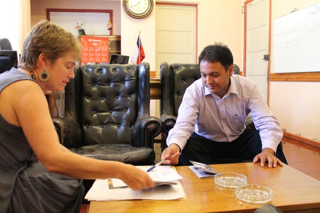 Directora regional de Cultura y alcalde de Licantén
