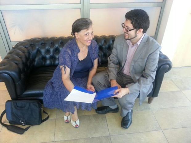 Directora Regional de Cultura, Gloria Valdés y alcalde de Tocopilla, Fernando San Román.