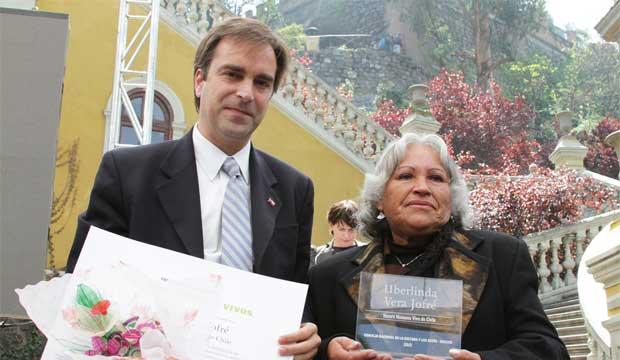 Uberlinda Vera THV 2012 y Ministro de Cultura Luciano Cruz-Coke