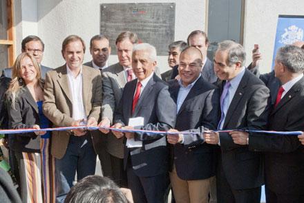 Ministro Cultura inaugura Centro Cultural de San Antonio