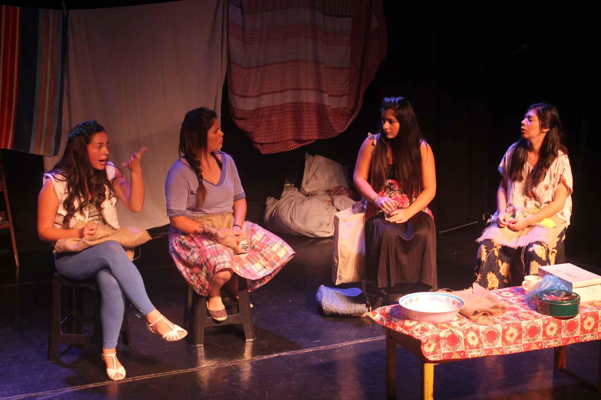 Obra de Teatro Tres Marías y una Rosa
