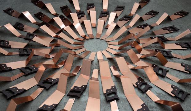 Bienal de Venecia: Patrick Hamilton, construcción con serruchos