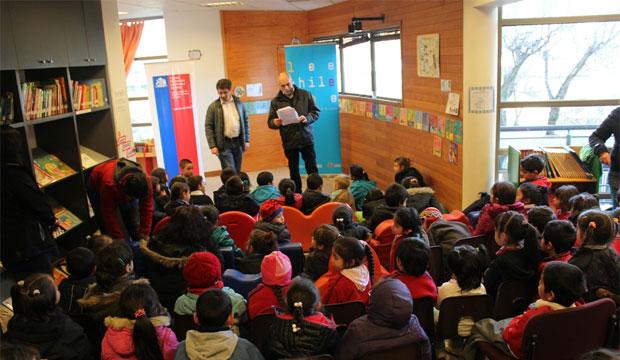 Con Cuentacuentos y talleres Aysén Fomenta la Lectura