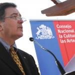 Ministro Roberto Ampuero