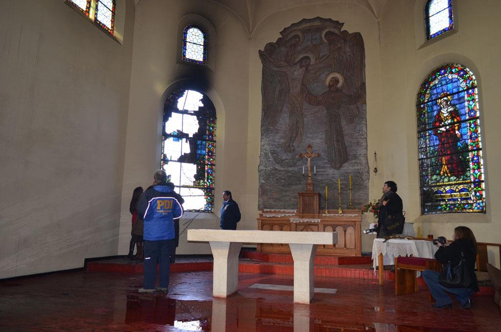El conjunto de la iglesia y convento que perteneció a la orden Capuchina están ubicados en la Zona Típica de calle General Lagos y posee la calidad de Monumento Nacional desde 2007.