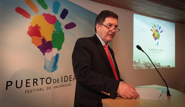 Ministro Ampuero en presentación Festival Puerto de Ideas