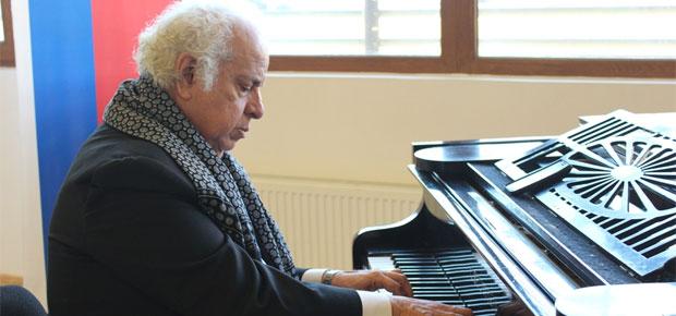 Arturo Barros, premio Regional de Arte y Cultura 2013 - Aysén
