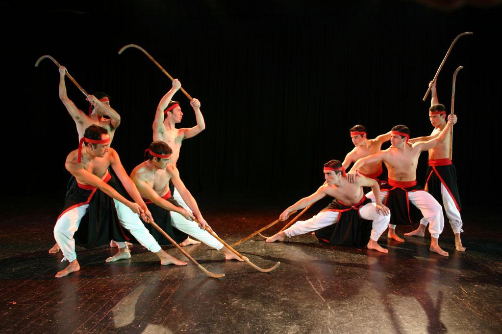 La presentación en Los Ríos del elenco artístico del Consejo de la Cultura se enmarca en el programa Servicio País Cultura. En tanto, a través de Cultura Local participarán en encuentro con artistas regionales de Lanco, Mariquina y Río Bueno.