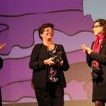 Carmen Brito recibe Premio a la Trayectoria en premios Pedro Sienna