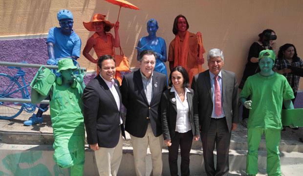 Ministro de Cultura y Alcalde de Valparaíso en lanzamiento FAV 2014