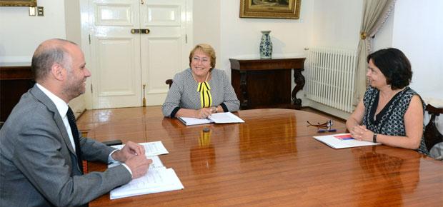 Presidenta Bachelet y Ministros Barattini y Elizalde anuncian inicio de trabajo conjunto para mejorar oferta televisiva nacional
