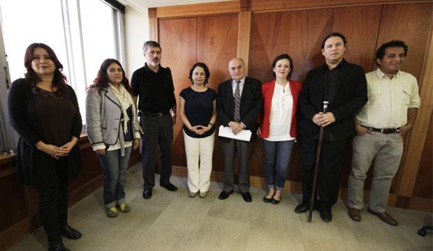 Ministra Barattini y dirigentes de la Mesa Ciudadana acuerdan agenda de trabajo