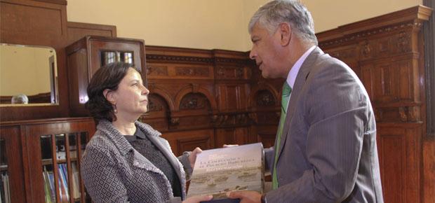 Ministra Barattini se reunió con autoridades de la Región de Valparaíso para conocer realidad local en materias culturales