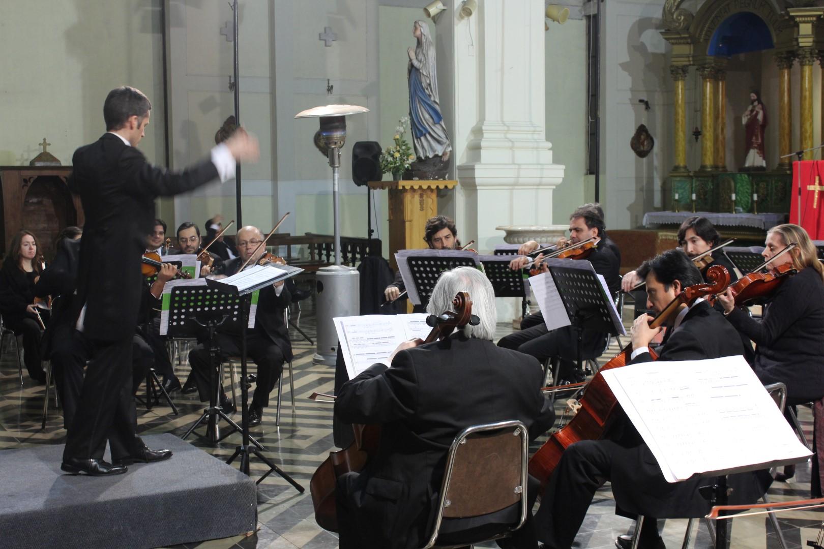 El elenco estable del Consejo Nacional de la Cultura y las Arte se presentó en Rengo.
