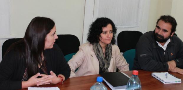 Directora regional, Milisa Ostojic; subdirectora Lilia Concha y diputado Hugo Gutiérrez