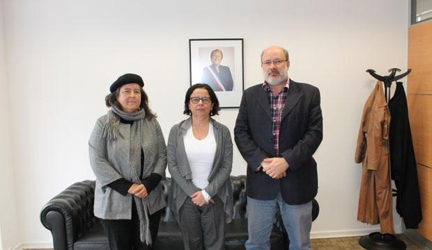 Ministra Barattini y representantes de la Orquesta Marga Marga de la región de Valparaíso