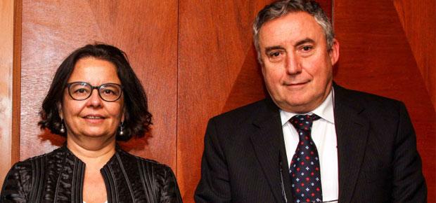 Ministra Barattini y rector Ennio Vivaldi coinciden en relevar el rol de la cultura en el sistema educacional