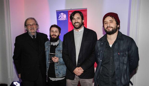 Fotógrafo Cristóbal Olivares es galardonado con el Premio Rodrigo Rojas De Negri 2014