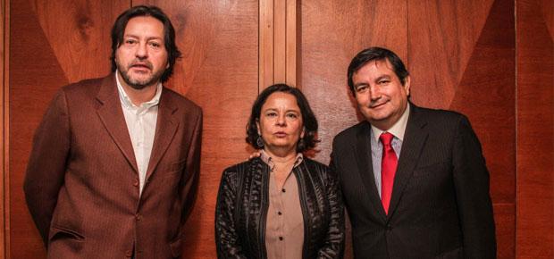 Alcalde de San Ramón y diputado Tucapel Jiménez presentan avances del centro cultural en esa comuna