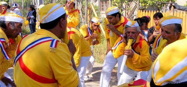 Expectación en Chile ante posible ingreso de los Bailes