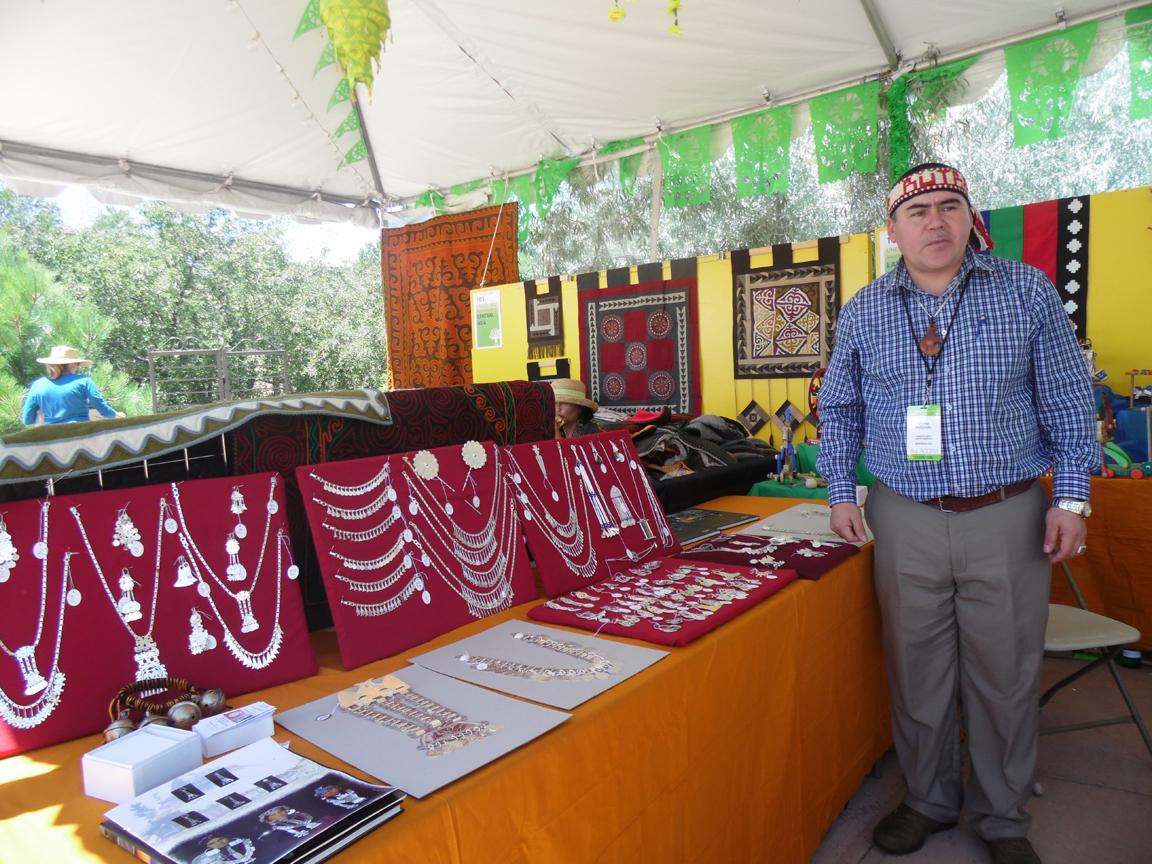 Marco Paillamilla en Feria en EEUU - Foto: gentileza de Marco Paillamilla