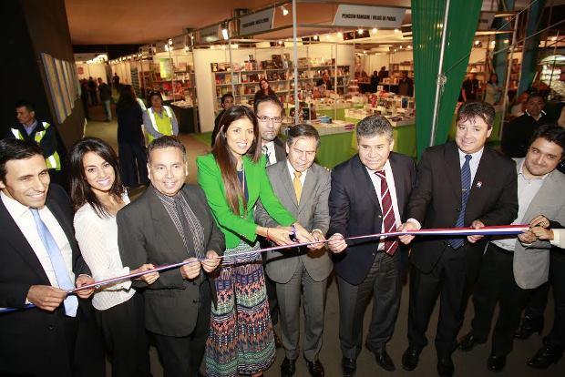 Autoridades regionales participaron de inauguración