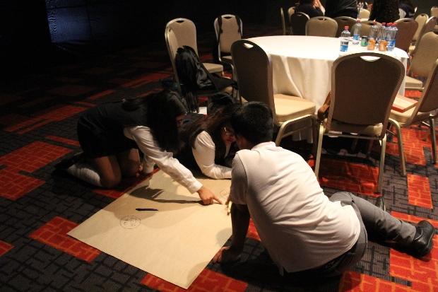 Estudiantes elaboraron propuestas colectivas en taller