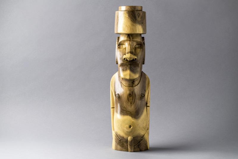 Moai Hoa Haka Nana Ia - William Atán Brant - Pueblo rapa nui