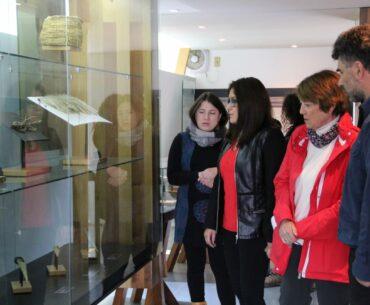 Ministra de las Culturas realiza segunda restitución de bienes patrimoniales a la comunidad Yagán