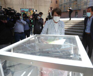 Ministra Consuelo Valdés anuncia itinerario de reapertura de espacios culturales durante la Fase 4 en Santiago