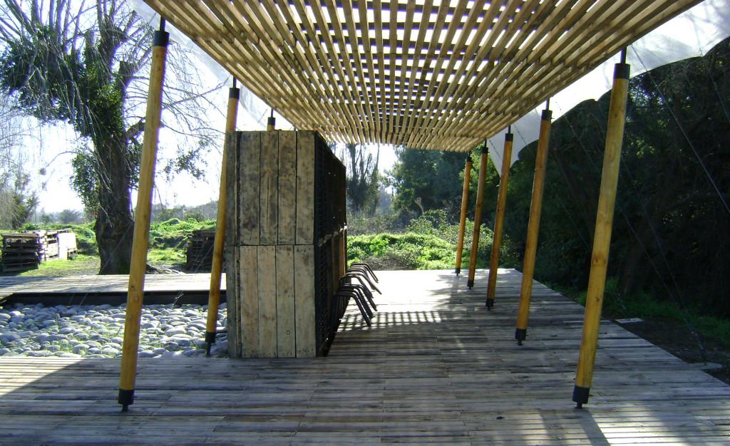 5. Plataforma y mobiliario rural. Autor Juan Francisco Inostroza