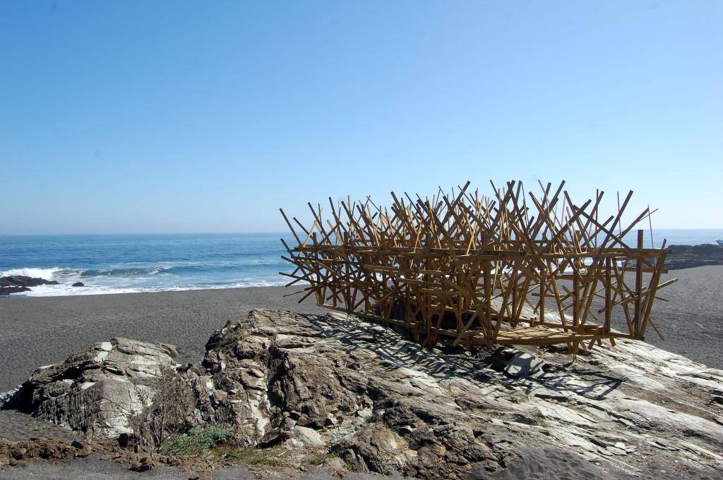 8. Restos frente al horizonte. Autor Felipe Muñoz